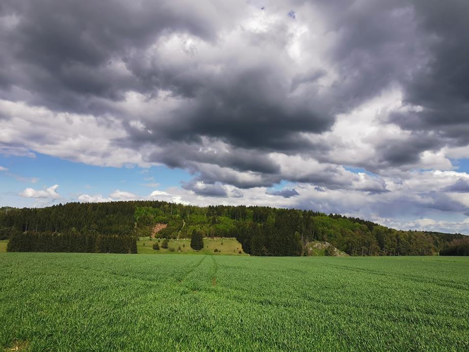 Wolken_Dark01_Blickle